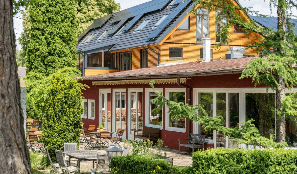 Restaurant-Terrasse-Eingang-SÜD
