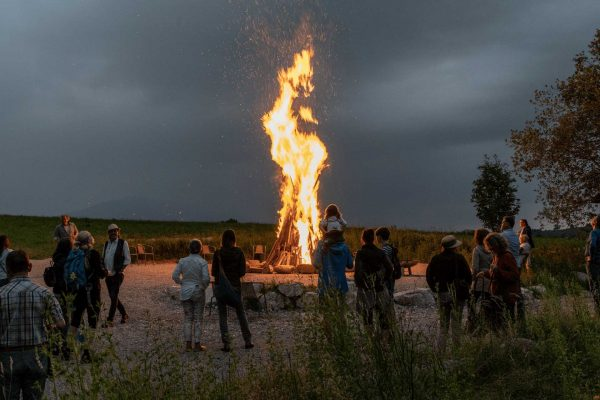 Sonnwendfeuer-Totale-1