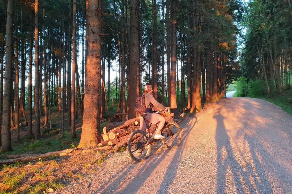 Mountainbike-Ebike-Biketour-Sonnenuntergang